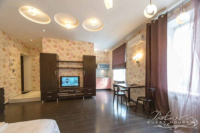 Rent by the day - 10 Shota Rustaveli Street