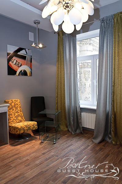 Rent by the day - 17 Khreschatyk Street